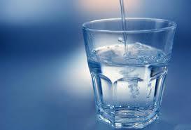 """<img src=""""https://goigu.com/foto.jpg"""" alt=""""¿Cuánta agua necesito todos los días?""""/>"""